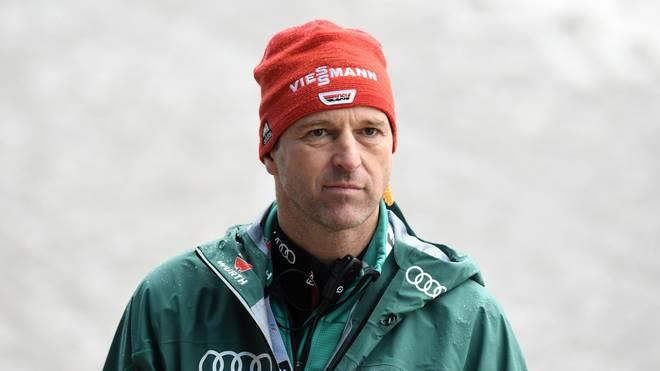 Die Zukunft von Skisprung-Bundestrainer Werner Schuster ist weiter offen