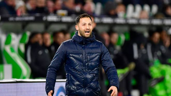 Schalkes Trainer Domenico Tedesco warnt vor dem BVB
