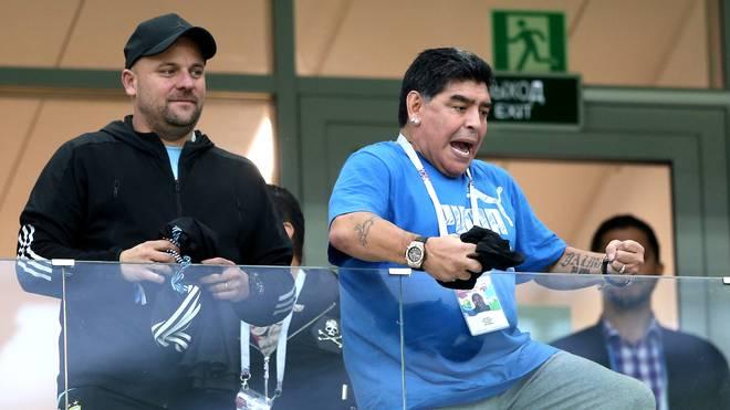 Diego Maradona: Bilder vom peinlichen Tribünenauftritt
