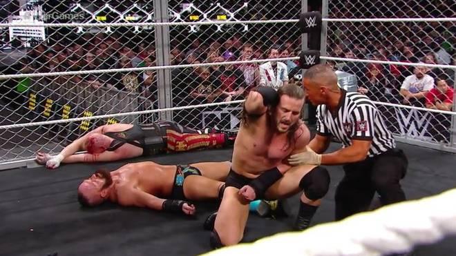 Alexander Wolfe (l.o.) und Eric Young (mit Adam Cole) wurden bei den War Games von WWE NXT blutig geprügelt