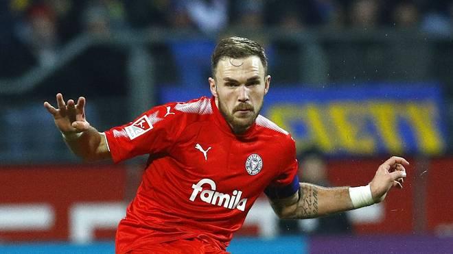 Eintracht Braunschweig v Holstein Kiel - Second Bundesliga