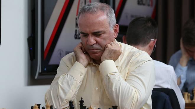 Garry Kasparov feiert sein Comeback
