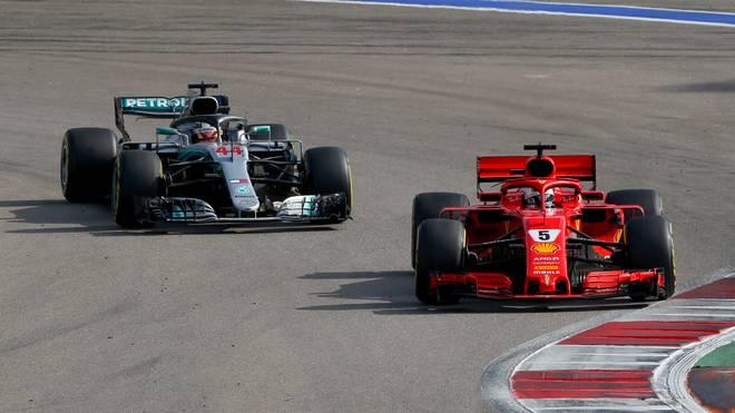 Sebastian Vettel war am Freitag hauchdünn schneller als Lewis Hamilton