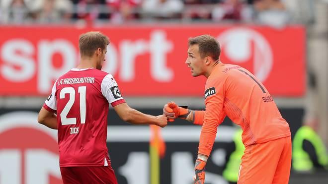 1. FC Kaiserslautern v Karlsruher SC - 3. Liga