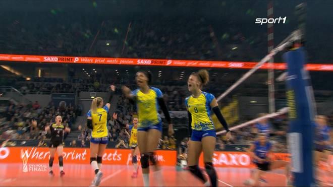Volleyball: SSC Palmberg Schwerin gegen Allianz MTV Stuttgart im DVV-Pokalfinale
