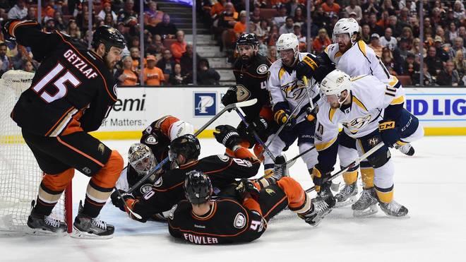 Die Anaheim Ducks gaben den Heimvorteil ab