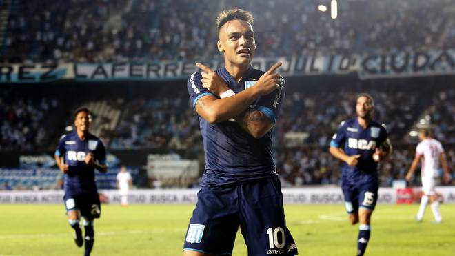 Racing Club v Huracan - Superliga 2017/18