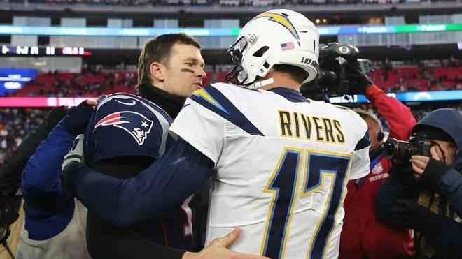 Tom Brady (l.) siegte mit den Patriots gegen die Chargers um Quarterback Philip Rivers