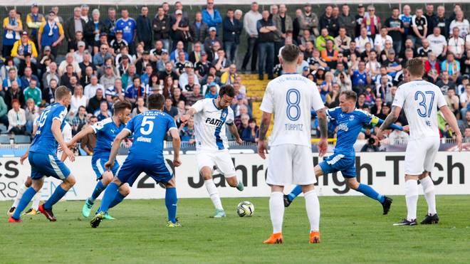Christian Beck erzielt für den FC Magdeburg ein irres Tor