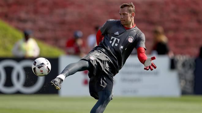 Keeper Manuel Neuer trainiert bei den Bayern wieder voll mit