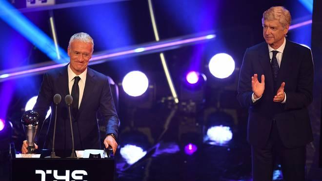 Frankreichs Weltmeistertrainer Didier Deschamps (l.) wurde zum Welttrainer 2018 gewählt