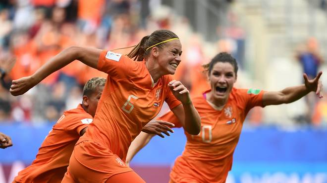 FBL-WC-2019-WOMEN-MATCH33-NED-CAN Die Niederlande sind souverän durch die Gruppenohase gestürmt und werden jetzt von Japan gefordert