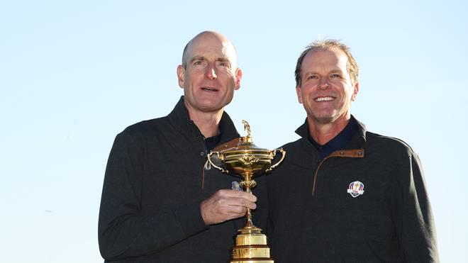 Steve Stricker (r.) folgt auf Jim Furyk (l.) als Ryder-Cup-Kapitän