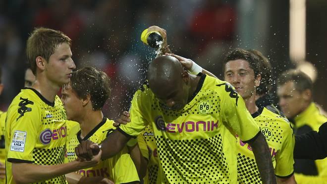 Felipe Santana (M.) wurde mit Borussia Dortmund zweimal Meister und einmal Pokalsieger