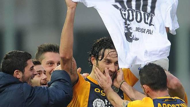 Luca Toni erzielte für Hellas Verona das 300. Tor seiner Karriere
