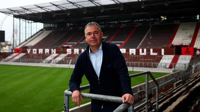 St. Pauli: Geschäftsführer Andreas Rettig verlässt Zweitligist, Geschäftsführer Andreas Rettig im Stadion des FC St. Pauli