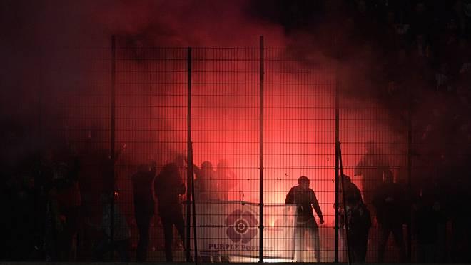SOCCER JPL D26 ANTWERP VS ANDERLECHT Im Spitzenspiel gegen Standard Lüttich sorgten Anderlecht-Fans für den Spielabbruch