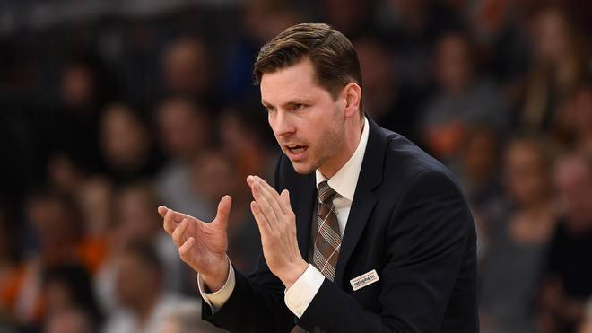 Trainer Thorsten Leibenath ratiopharm Ulm Basketball Löwen Braunschweig