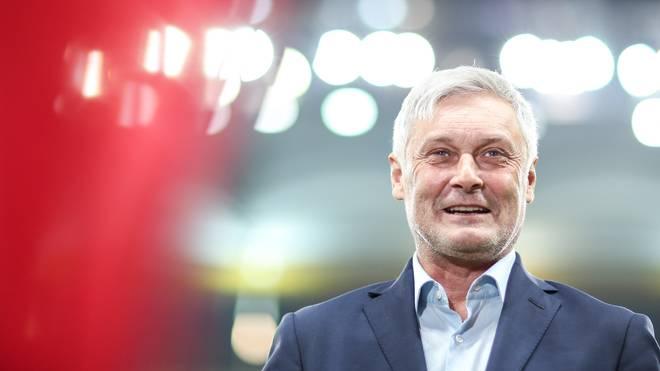Armin Veh bekommt beim Bundesligisten 1. FC Köln Hilfe von Frank Aehlig