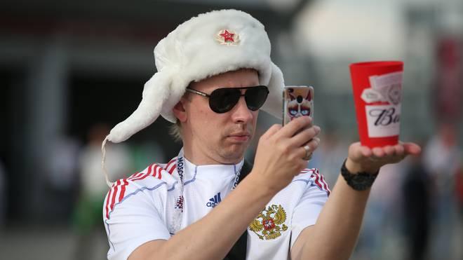 In Deutschland dürfen die Fans künftig wieder Bier im Stadion verzehren
