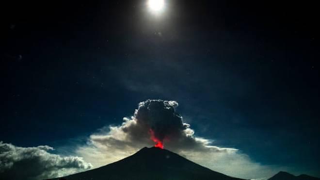 Breaking: Vulkanausbruch auf Bali – Flüge gestrichen