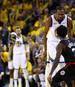 Kevin Durant flog gleich im 1. Playoff-Spiel zwischen den Golden State Warriors und den Los Angeles Clippers vom Feld