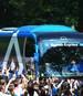 Tausende Fans haben den Hamburger SV vor dem Abstiegs-Endspiel empfangen