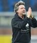 Die Arminia-Fans stützten Trainer Jeff Saibene trotz des achten sieglosen Spiels in Serie mit Sprechchören