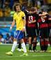 Das 1:7 gegen Deutschland wird für die Selecao um David Luiz (l.) und Co. zum Trauma