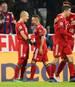 Champions League: Fantalk auf SPORT1 verzeichnete starke TV-Quote, Arjen Robben (links) lässt sich für seine Tote gegen Benfica Lissabon feiern