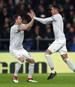 Nemanja Matic (l.) erzielt den Last-Minute-Siegtreffer für Manchester United