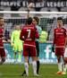 Matthew Leckie wurde für seine rote Karte gegen Eintracht Frankfurt für zwei Spiele gesperrt