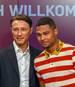 Niko Kovac (l.) und Serge Gnabry wollen beim FC Bayern durchstarten