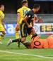 Cristiano Ronaldo knockt Chievos Torhüter Stefano Sorrentino aus