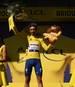 Julian Alaphilippe fährt weiterhin im Gelben Trikot