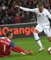 Kylian Mbappe (r.) war an beiden französischen Treffern gegen Island beteiligt