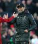 Jürgen Klopp (r.) führte den FC Liverpool mit Andrew Robertson und Co. ins Champions-League-Finale