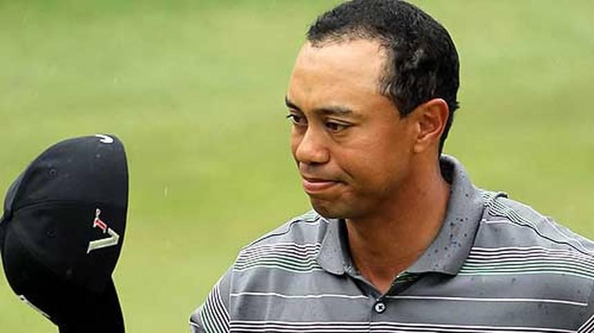 ... die Form nicht. Auf die private Krise folgt die sportliche, Woods verliert die Nummer-eins-Position, gewinnt zwei Jahre lang kein Turnier mehr - und ist nur noch Nummer 52 der Welt