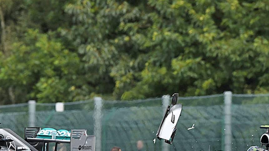 Nico Rosberg - 2014 begann die große Dominanz von Mercedes und der Kampf mit Lewis Hamilton. Lange Zeit hat Rosberg dabei die Nase vorn. Nachdem er in Spa jedoch seinem Teamkollegen den Hinterreifen aufschlitzt und von Mercedes öffentlich als Schuldiger ausgemacht wird, läuft nichts mehr bei Rosberg. Hamilton holte souverän den Titel
