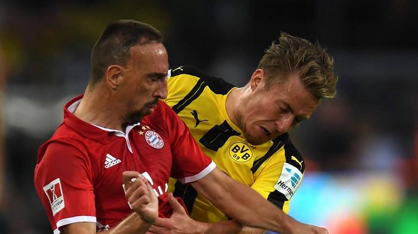 Ribery fährt zuerst eine Hand, dann den Ellbogen in Richtung seines Gegenspielers aus. Er hat Glück, dass er für dafür nicht vom Platz gestellt wird. Beide sehen Gelb